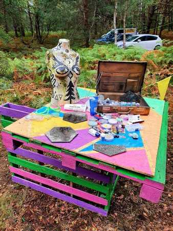The Wood Party 2020 Glitter Station